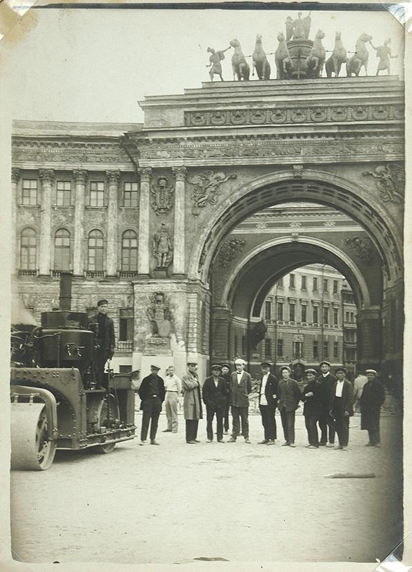 1932 Архив фотографий реконструкции Дворцовой площади (пл. Урицкого)4.jpg