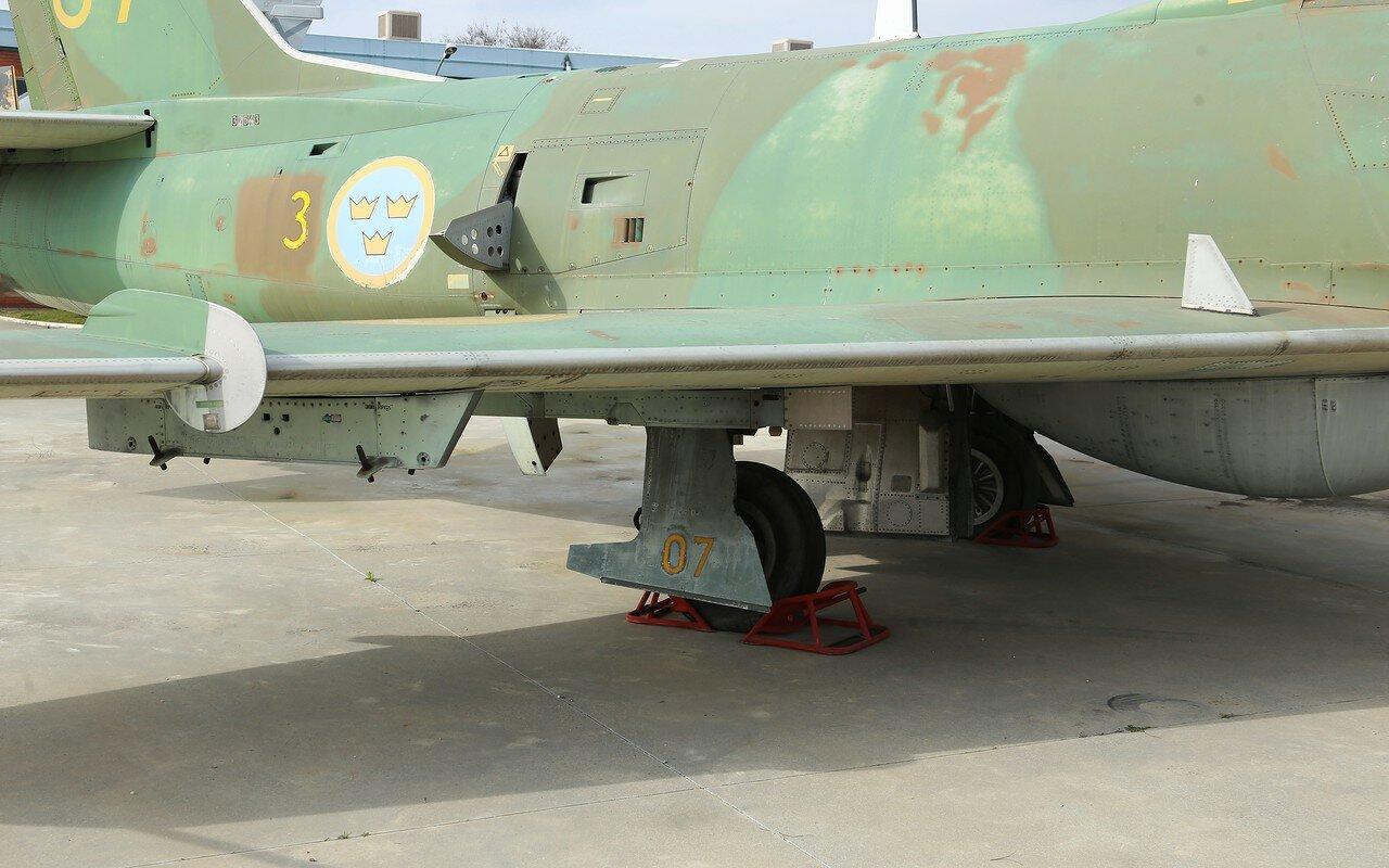SAAB J-32 Lansen (Museo del Aire, Madrid)