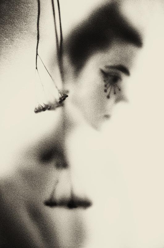 Из мастеров фотографии нравится Лилиан Бассман. Разглядывание её фото доставляет колоссальное удовол