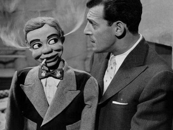 Однажды куклу Лестера обвинили... в убийстве! В 1924 году прямо на представлении артиста от смеха ум