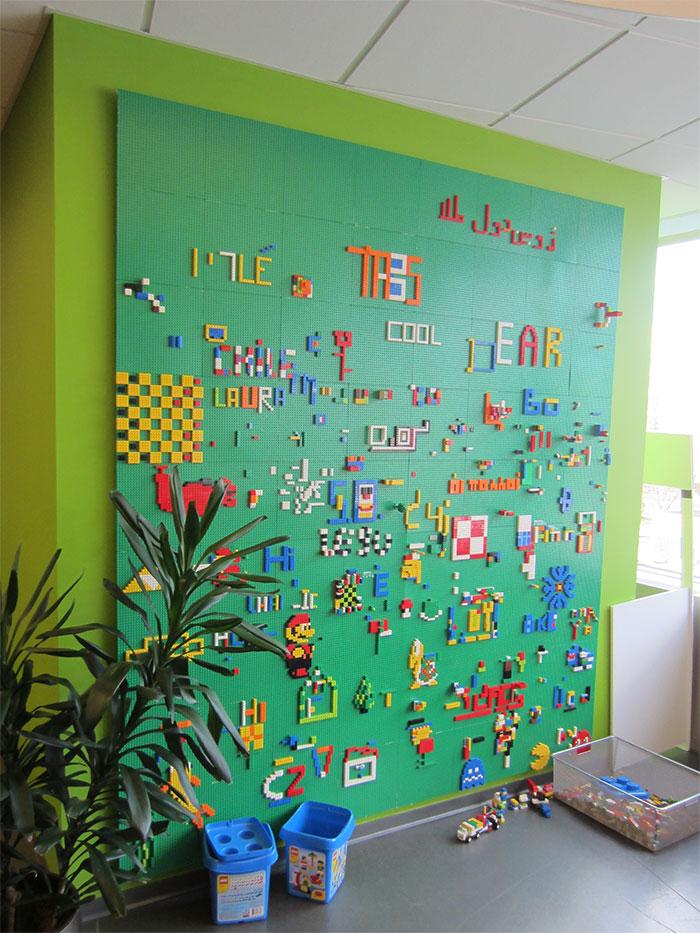 Игровая стена для детской комнаты.