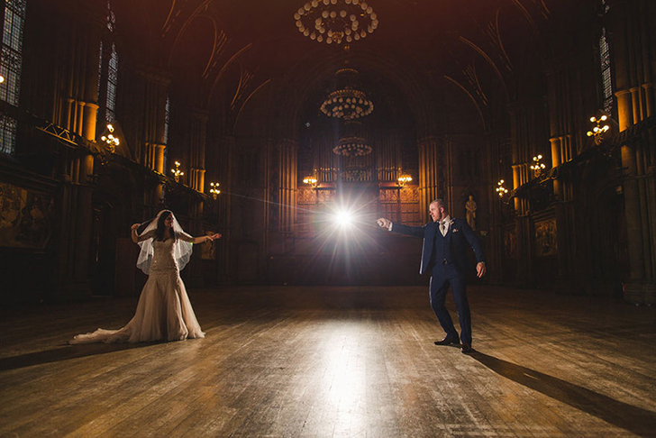 Английская пара сыграла свадьбу в стиле романов о Гарри Поттере (37 фото)