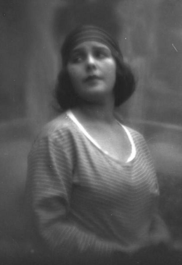 Портрет Натальи Гринберг (первой жены А.Д.Гринберга)