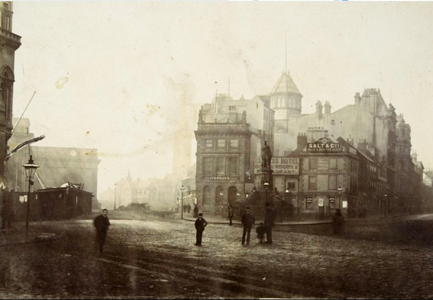 19. Англия. Ньюкасл-апон-Тайн. Вокзальная площадь. Памятник Джорджу Стефенсону. Около 1890 года