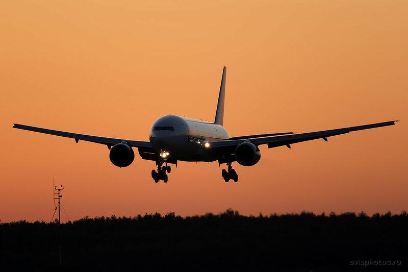Boeing 777-212/ER (VP-BDR) ВИМ-Авиа 0490_D805181