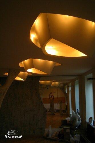 024. полочная инсталляция, светильник из гипсокартона