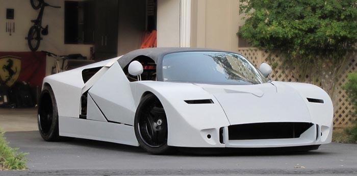 8. Ford GT90 Хотя это авто и было создано еще в 1995 году, и сегодня оно не перестает удивлять тех,