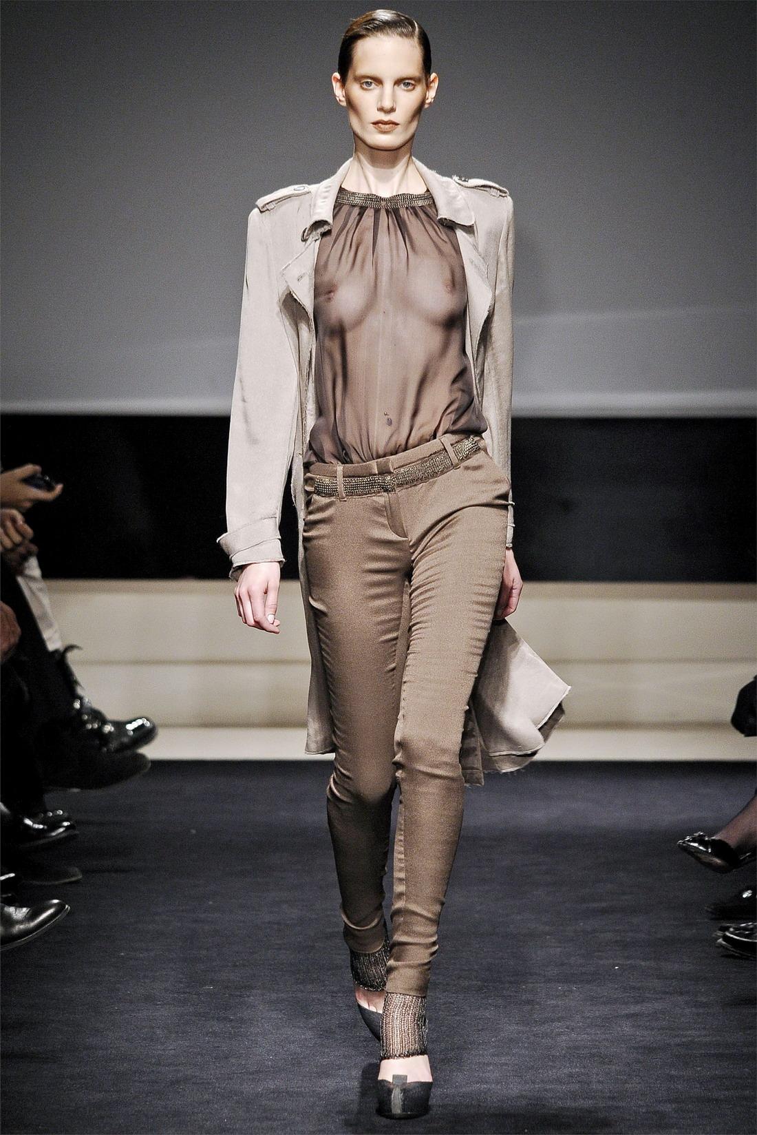 Голая мода франции вот