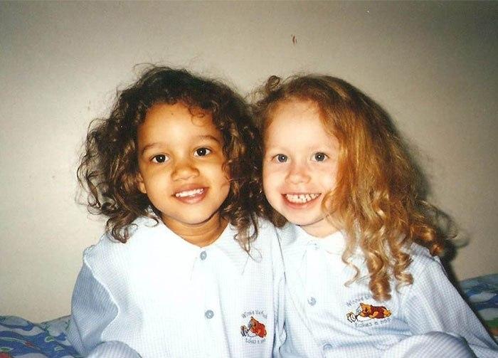 Разноцветные сестры-двойняшки — неожиданный феномен
