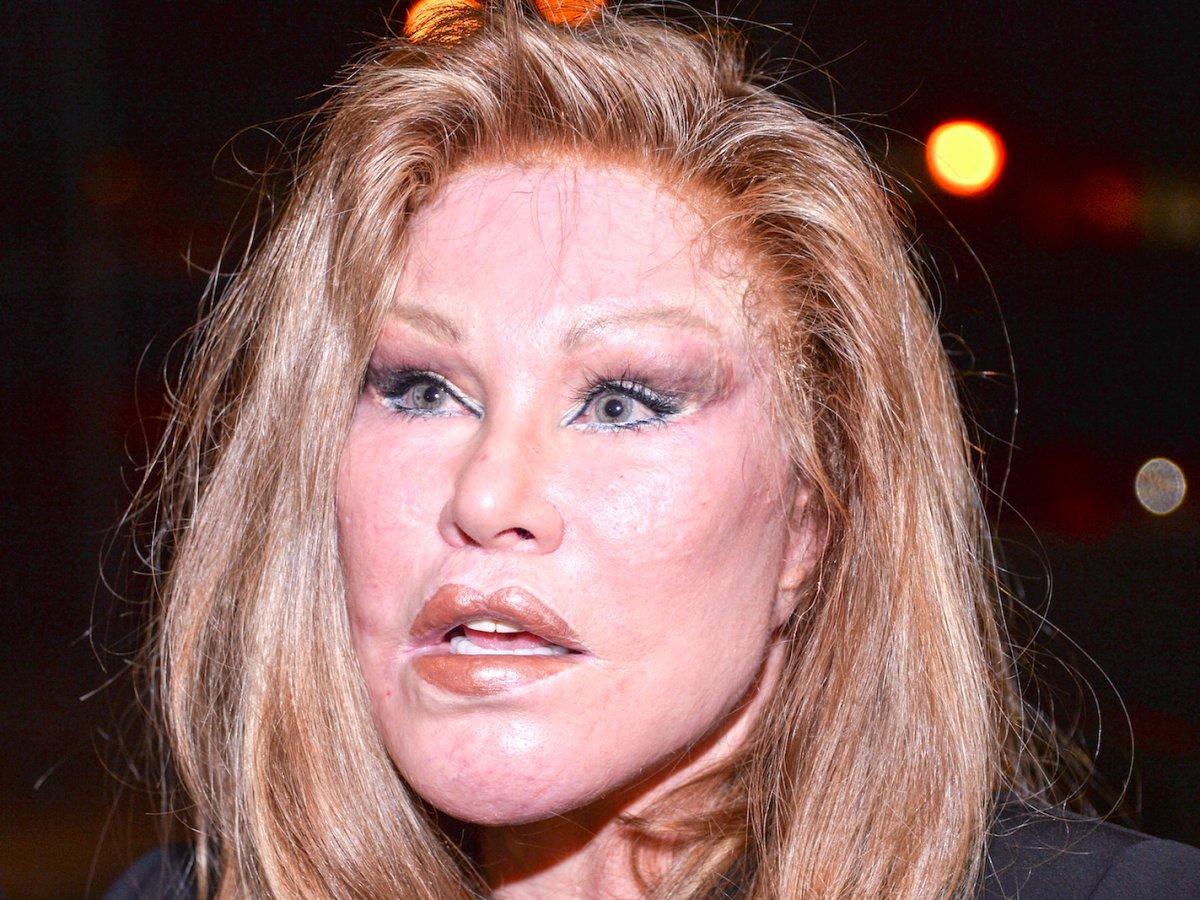 В 1997 году Джослин обнаружила супруга в постели с 21-летней русской моделью Еленой Жариковой. В рез