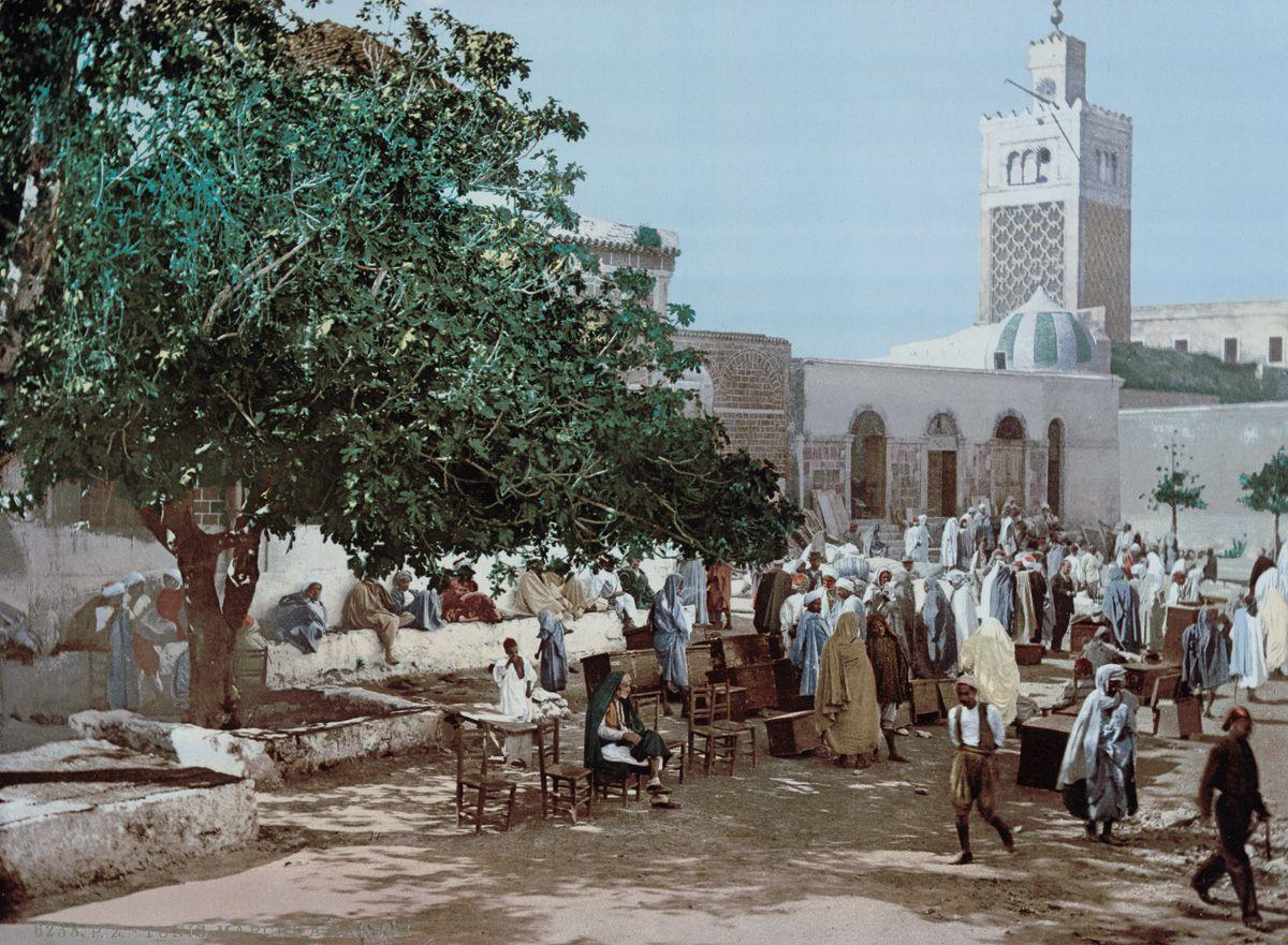 Рынок Касба в Тунисе.