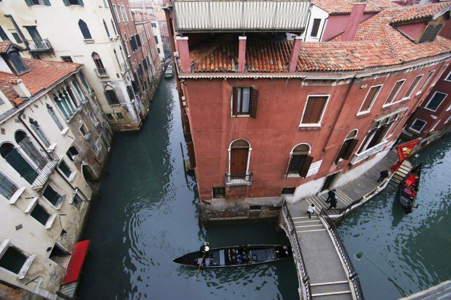 15. Гондольеры. Венеция, 30 января 2016.