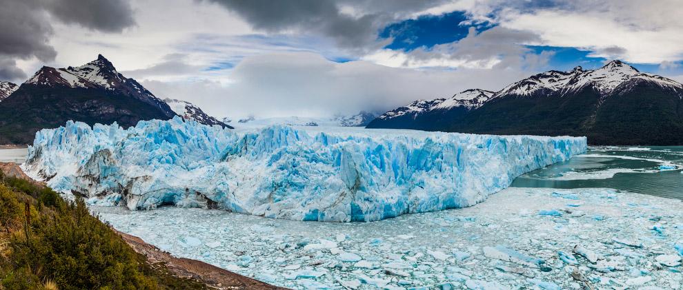 5. Мы попали к леднику в пасмурную погоду, но солнце понемногу начинало просачиваться сквозь пл