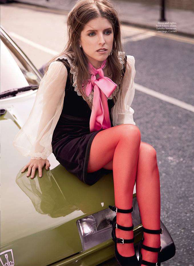 Анна Кендрик на обложке Marie Claire UK