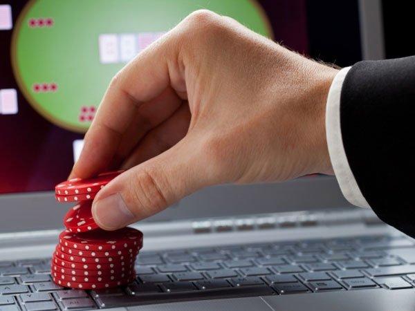 Русским банкам запретят переводить деньги вонлайн-казино