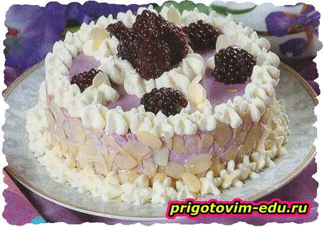 Ежевичный торт с сыром и йогуртом