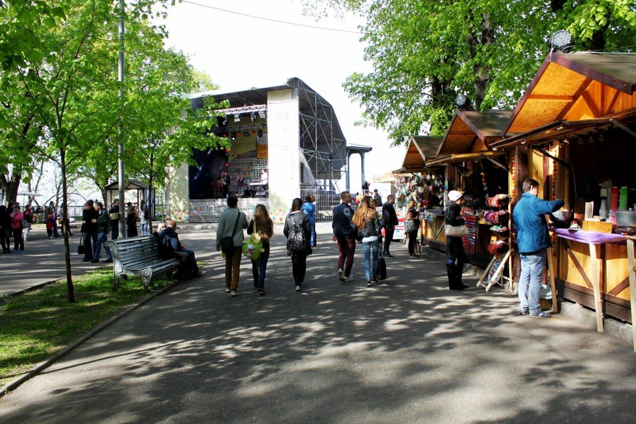 Сцена фестивального городка