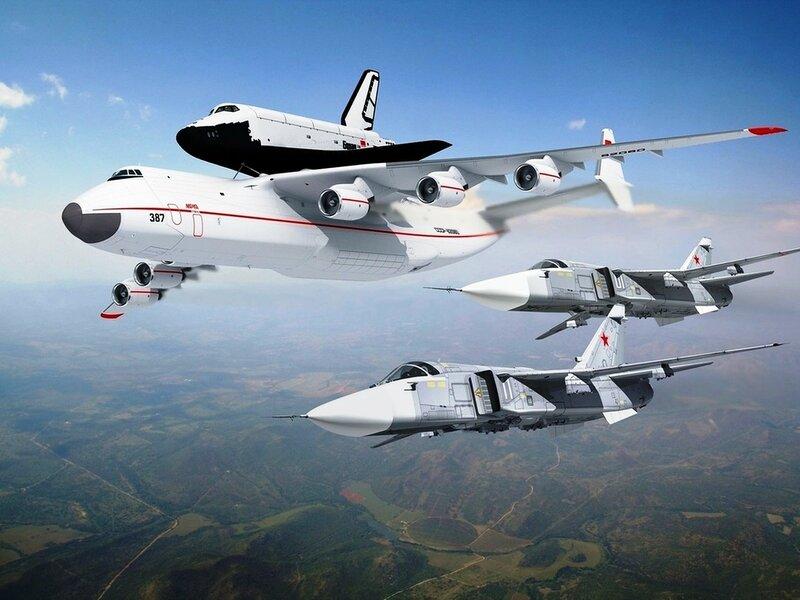 Самолет, АН-225, Мрия, Челнок Буран.jpg