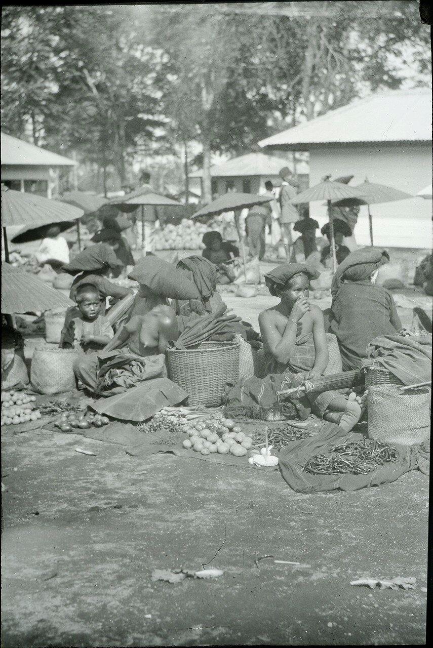 Кабанджахе. Рынок.