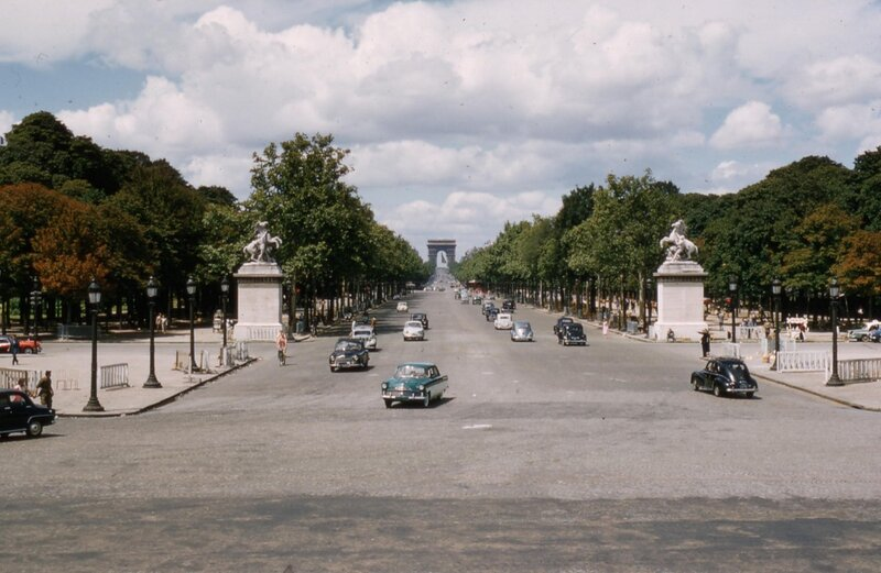 1956 Paris (2).jpg