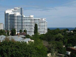 Путешествие и отдых в Одессе - вида на море из окна гостиницы