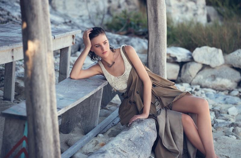 Элиза Каммингс на обложке Marie Claire