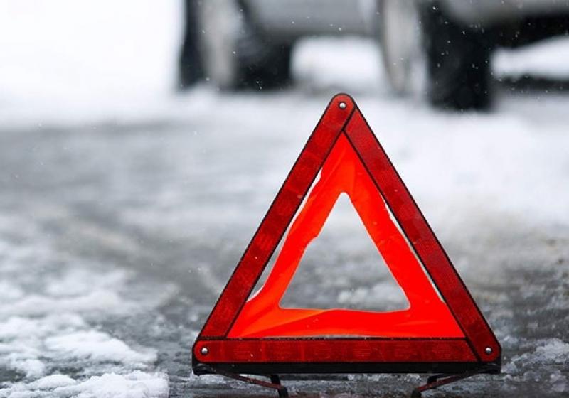Вцентре Омска при столкновении машин пострадала женщина иребенок