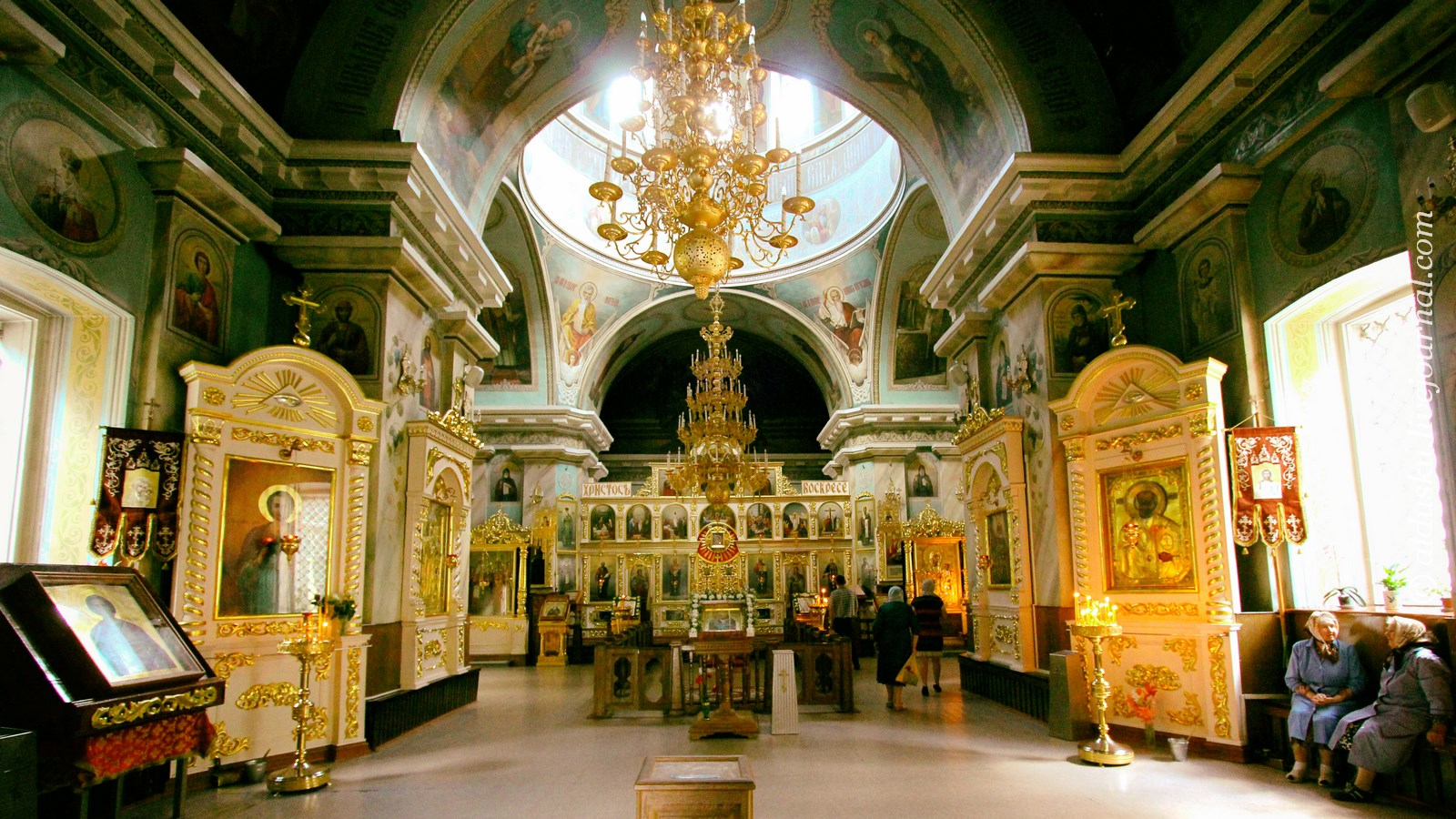 Внутри Петропавловского собора