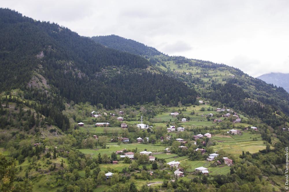 Грузия, по дороге из Батуми в Ахалцихе через перевал Годердзи