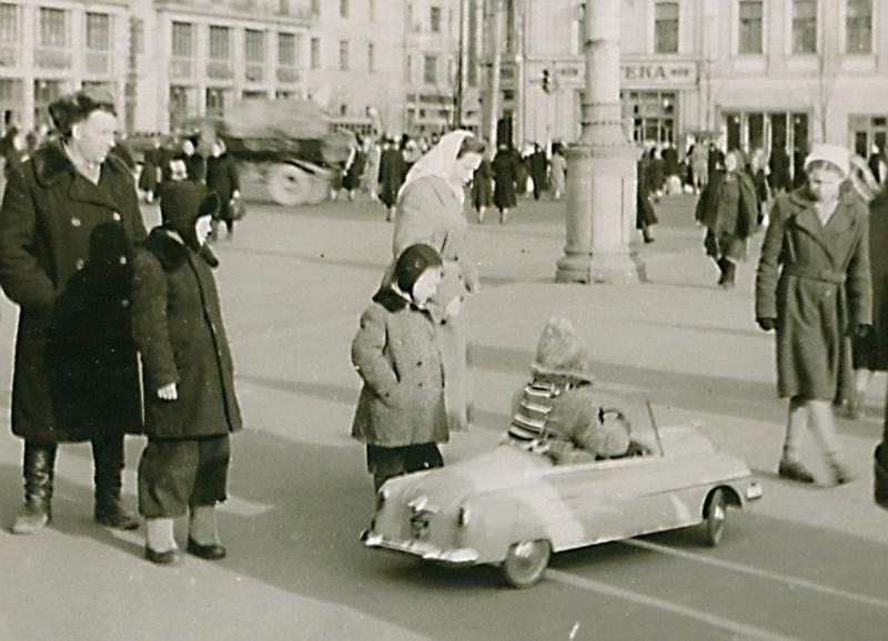 Машинка. кон. 1950-х Тверская-Ямская близ вокзала.jpg