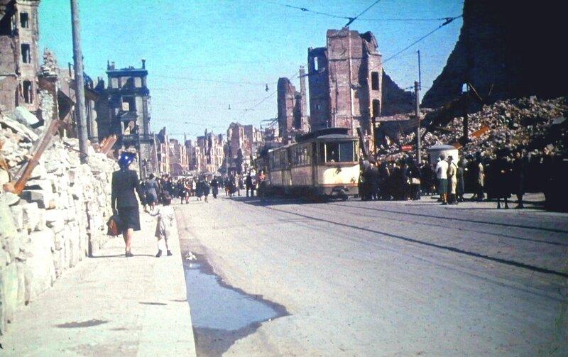 1946 Dresden Altstadt.jpg