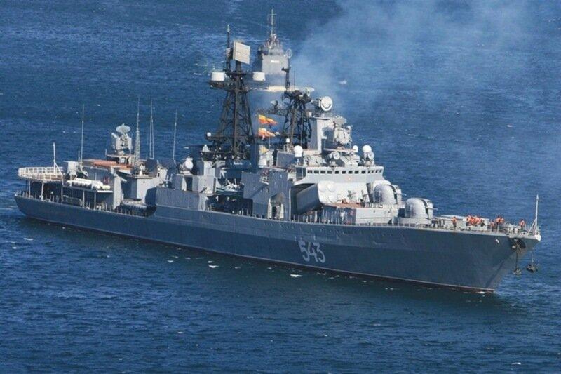 Маршал Шапошников идет отбивать у пиратов танкер (фото, видео)