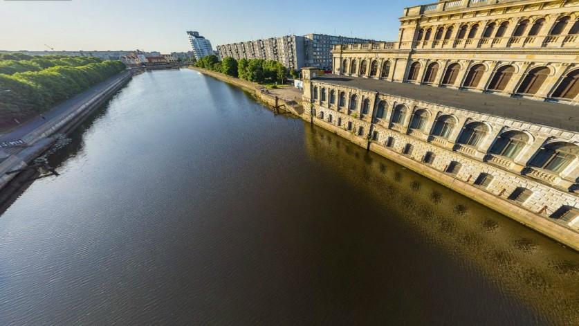 Областной центр культуры молодежи (бывшая биржа). Калининград – лучший город России в 2012, 2013 и 2