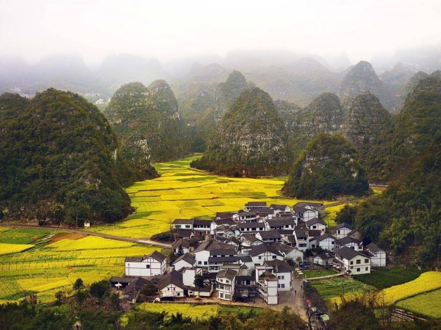 21. Синьи, Китай