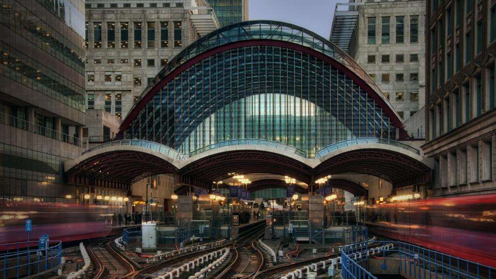 Станция Кэнэри-Уорф. (JH Images.co.uk)