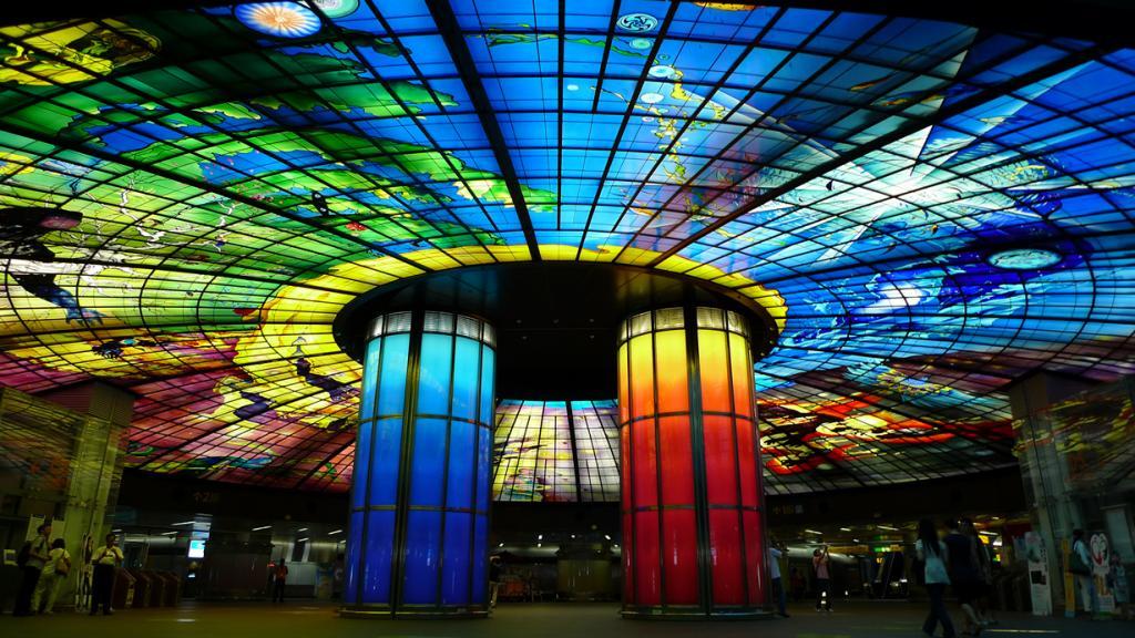 Тайвань. Гаосюн. Станция Купол света. (Hsiung/d6478coke)