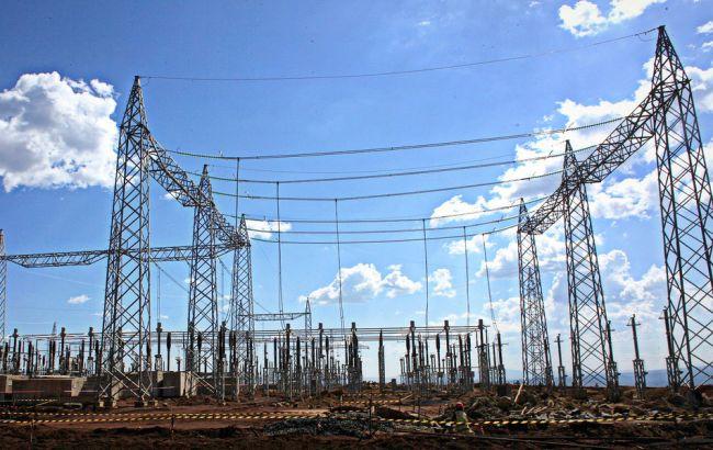 «Укрэнерго» запустил новейшую линию электропередачи сХмельницкой АЭС встолицу Украинского государства