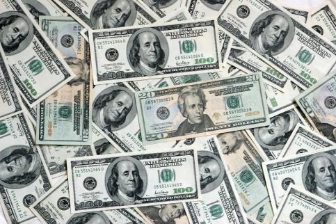 ИзДС-банка могли вывести практически 600 млн руб.