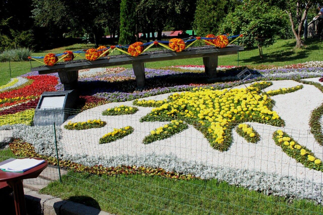 Цветочная композиция Дарницкого района
