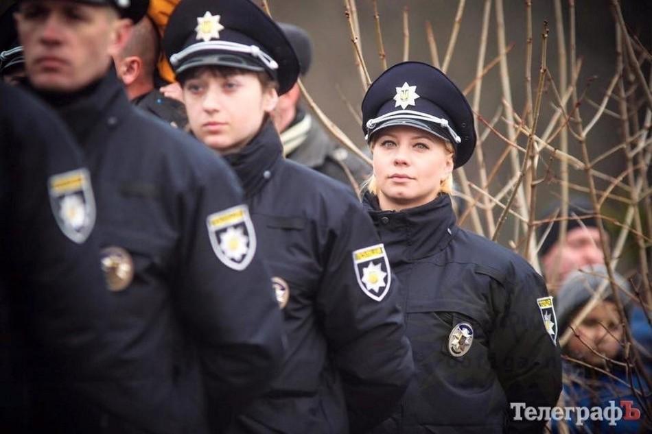 Безнравственная служащая полиции нравов Украины