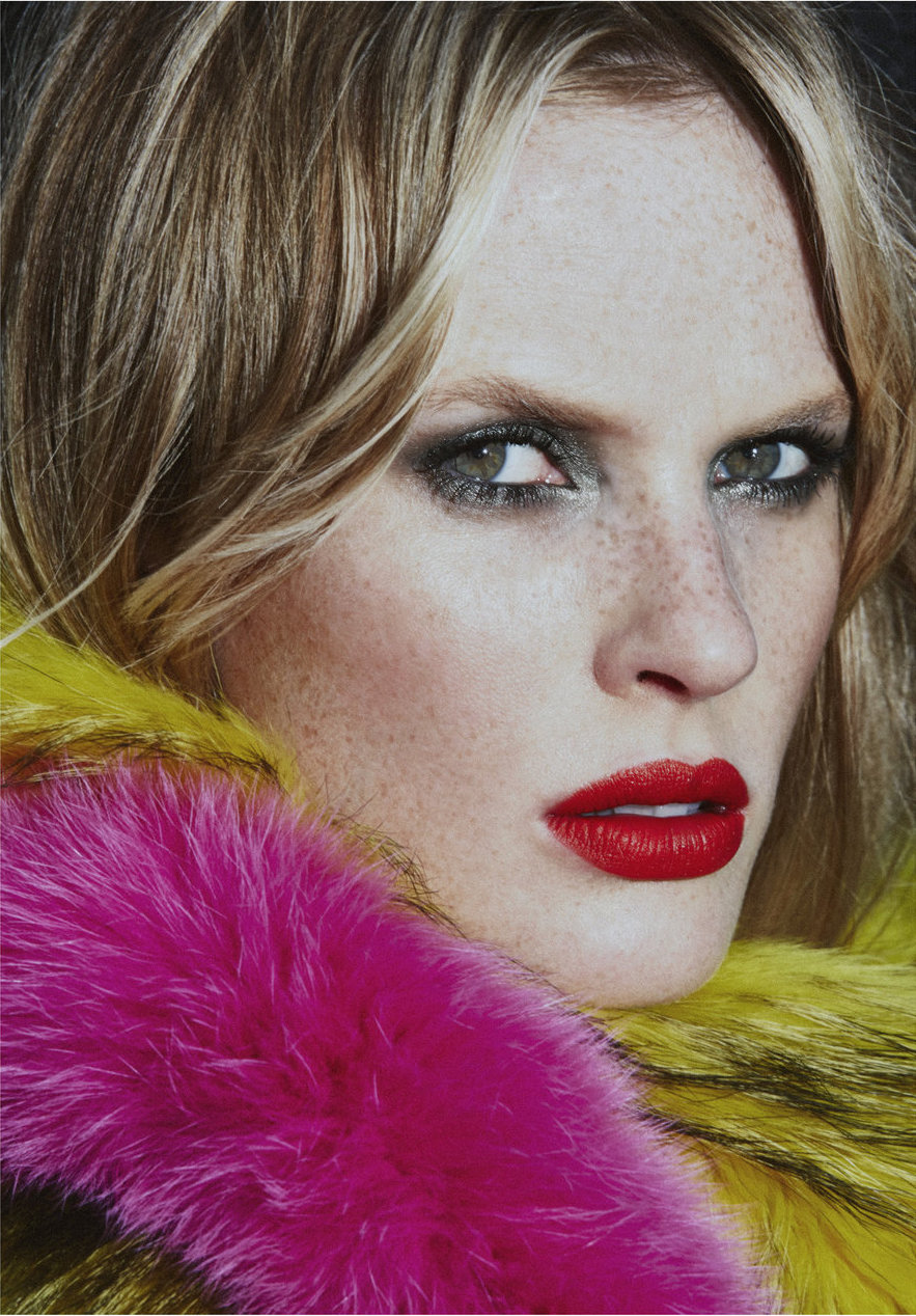 Anne Vyalitsyna by An Le / Vogue Portugal October 2016