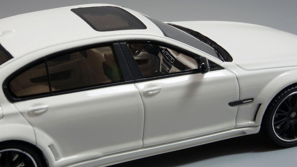 BMW_CLR_750_10.jpg