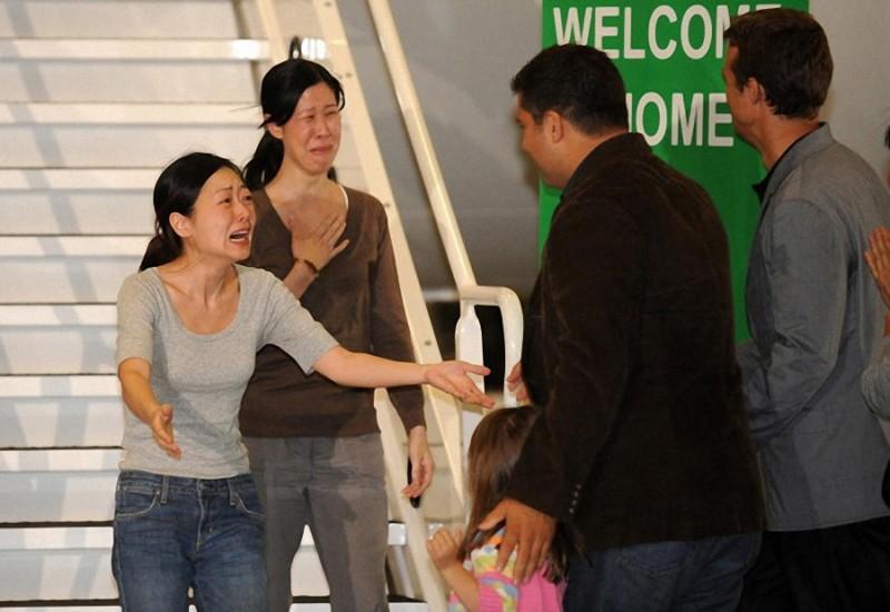 29. Журналисты Юна Ли и Лора Линг, которые были арестованы в Северной Корее и приговорены к каторжны