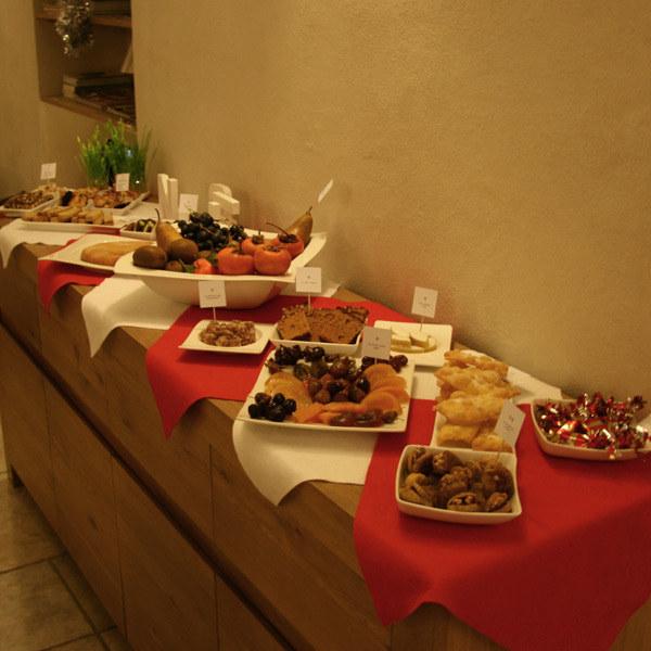Франция 13 десертов — традиция из южной области Франции Прованса. Такое количество десертов символиз