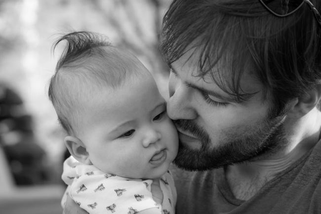 Оказывается, рождение ребенка способно вызвать изменения нетолько ворганизме матери, ноиворгани