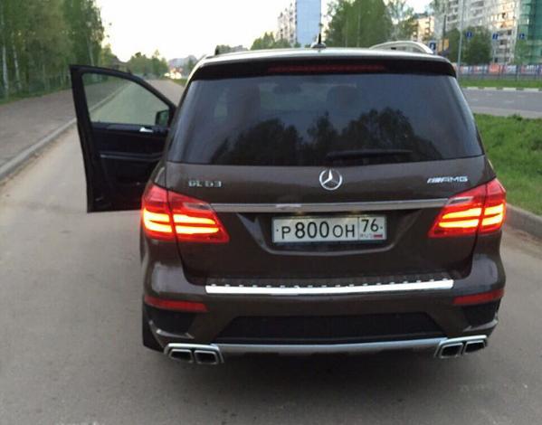 Ухоккеиста «Локомотива» угнали вседорожный автомобиль Mercedes