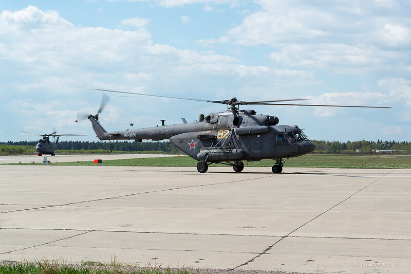 Миль Ми-8МТВ-5 (RF-91136 / 82 желтый) ВКС России D803358