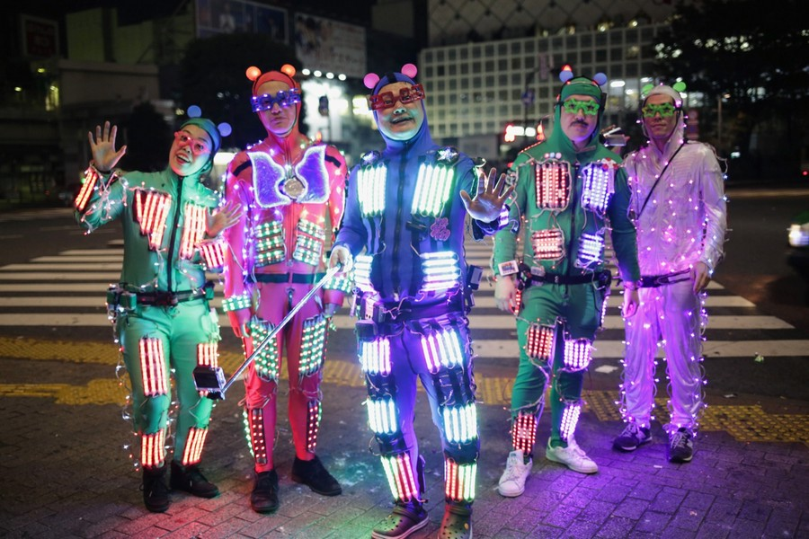 Tokyoites Dress Up For Halloween
