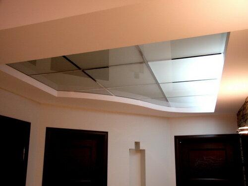 024. интерьер, коридор, светильник потолочный