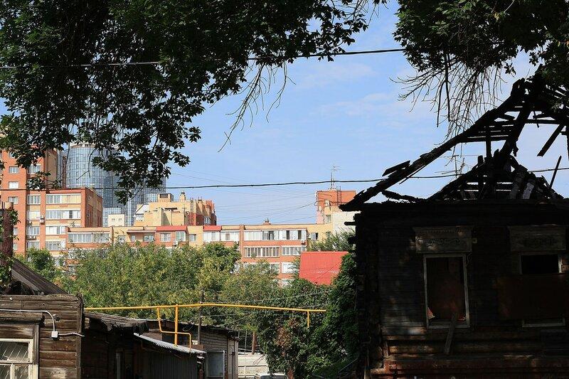 ул. Коммунистическая, Буянова и старый город 136.JPG
